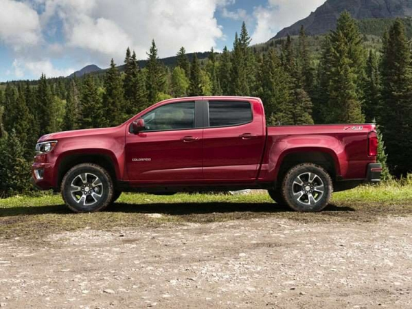 Chevrolet Colorado 4WD Gasoline