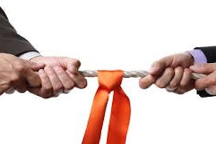 Definisi Manajemen Konflik dan Penyebab Terjadi