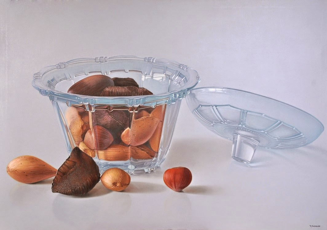24-Ruddy-Taveras-Paintings-Getting-Hyper-Realistic-in-the-Kitchen-www-designstack-co