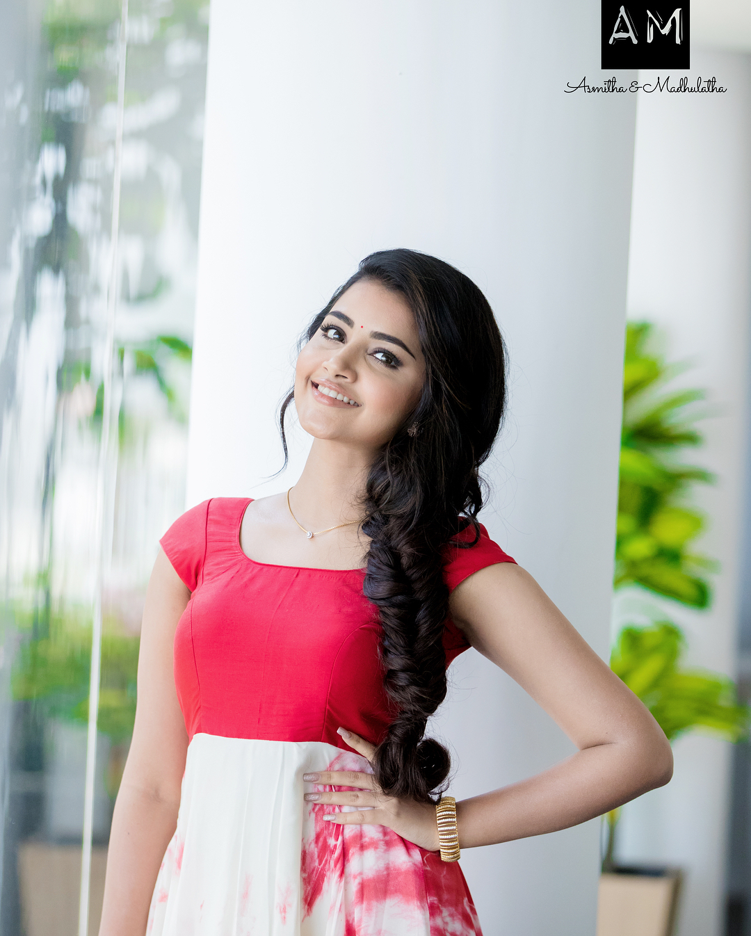 Anupama Parameswaran wearing Clothes designed by Asmitha and Madhulatha