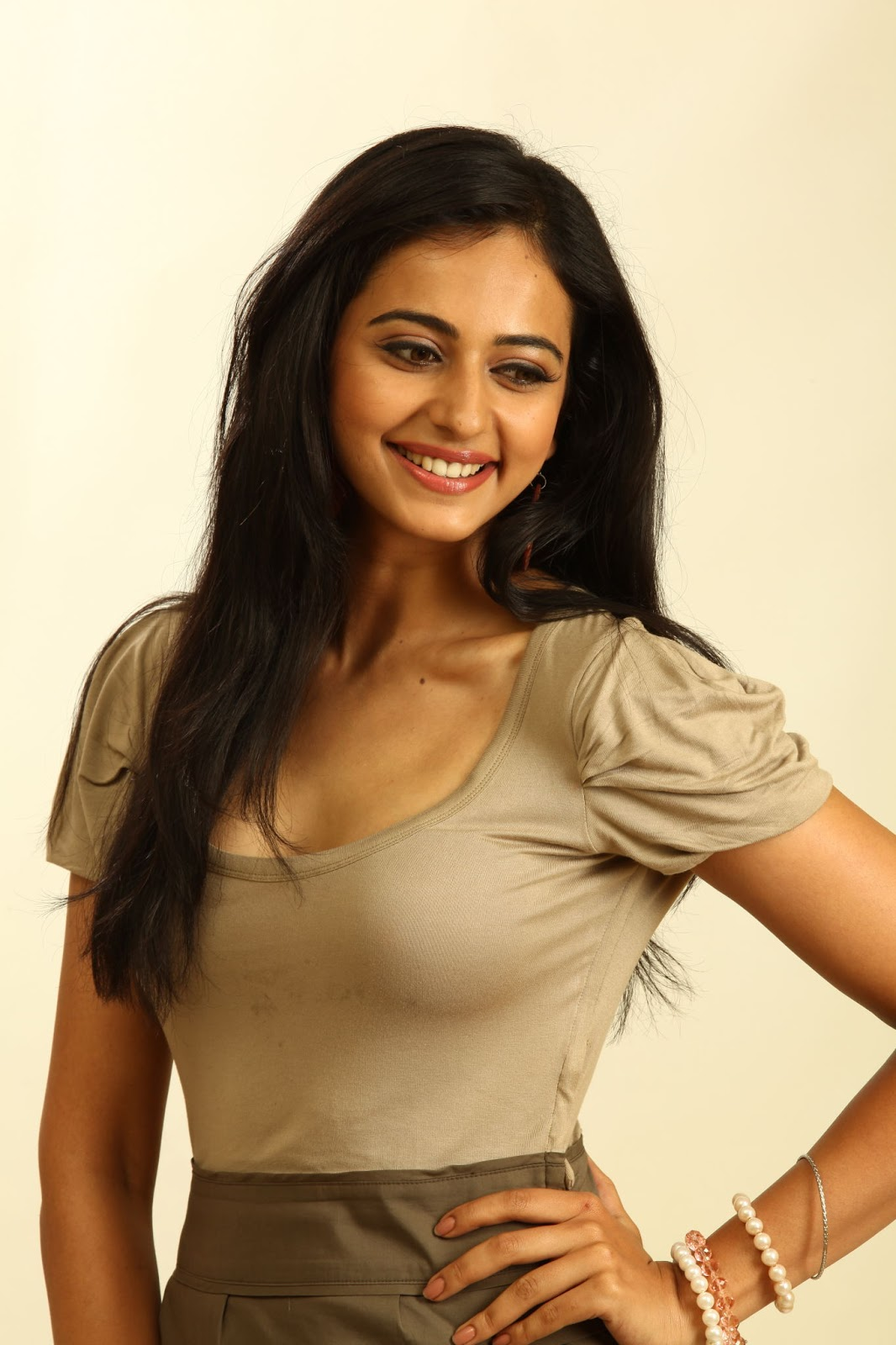 Rakul Preet Singh Cute Smiling Photos