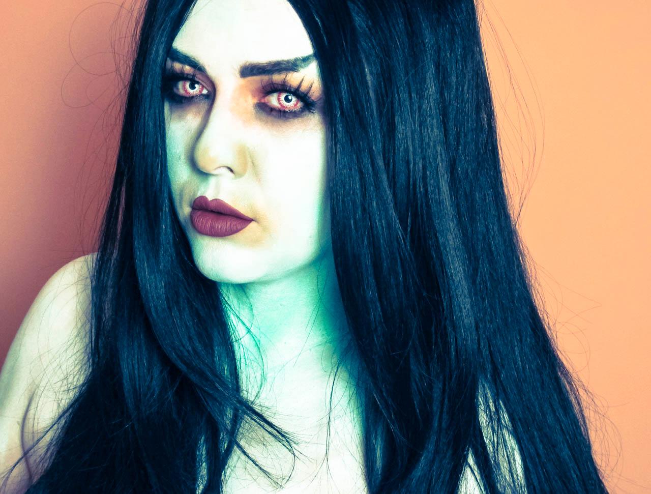 Halloween Series - Millennial Frankestein s Bride ·