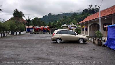 Parkir di Kawah Sikidang
