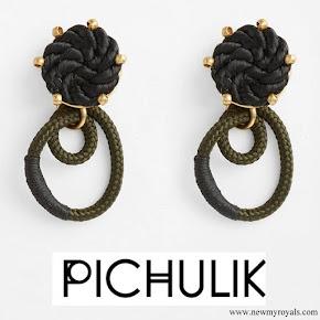 Meghan Markle wore PICHULIK Labyrinth earrings