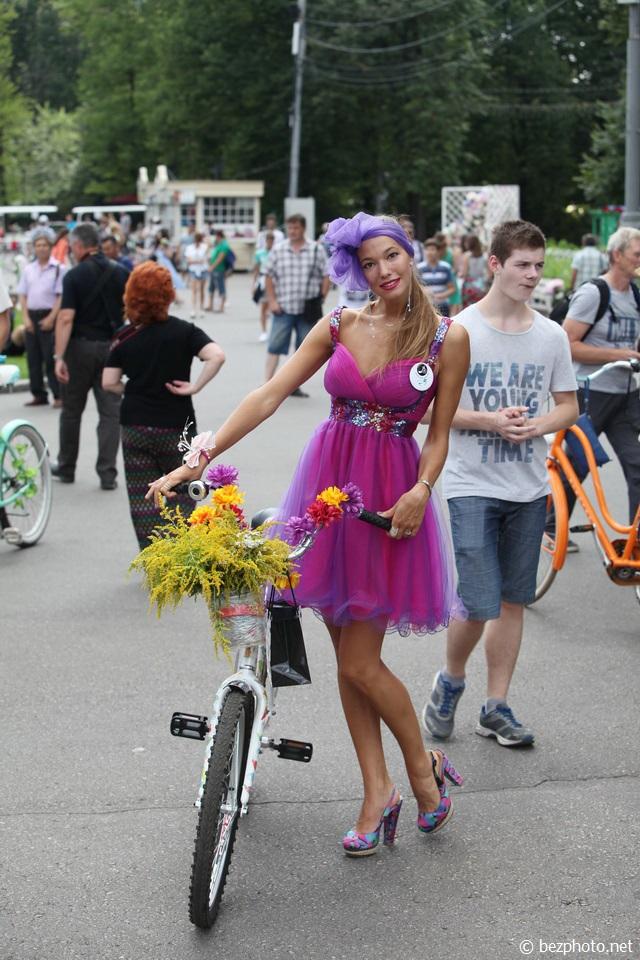 велопарад леди на велосипеде 2016