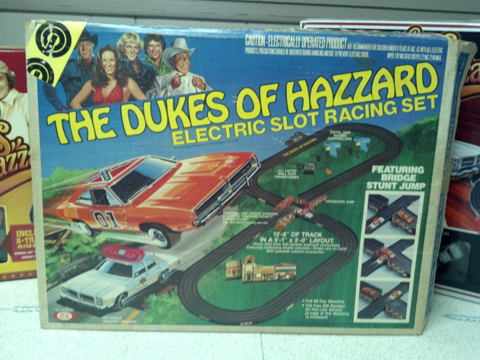 Dukes of Hazzard Collector: Dukes of Hazzard Slot Car Tracks