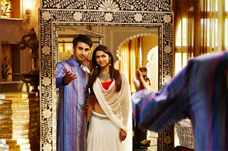 Ranbir Kapoor and Deepika Padukone latest stills from ...
