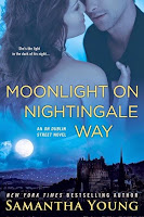 http://lachroniquedespassions.blogspot.fr/2015/01/on-dublin-street-tome-6-moonlight-on.html