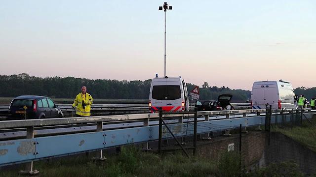 الشرطة الهولندية تبحث في مواد مشبوهة و تغلق طريق نايميخن