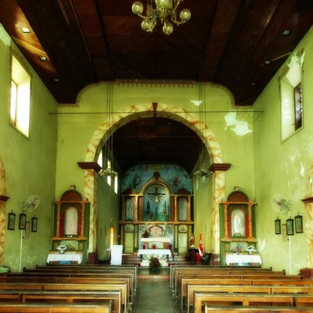 Interior da Igreja Bom Jesus dos Aflitos