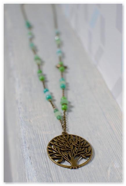 zoom sautoir pendentif arbre de vie bronze vieilli