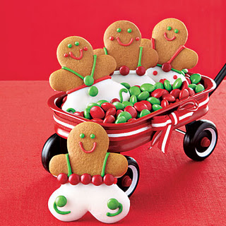 Super cute gingerbread men from All You & Cute Food For Kids?: 38 Fun Gingerbread Cookie Ideas