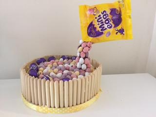 A Showstopping Easter Cake, Floating Anti-Gravity Mini Egg White Chocolate & Lemon Cake