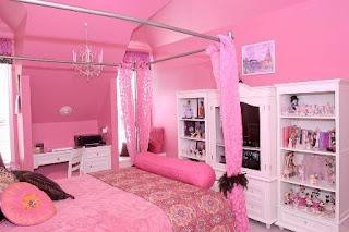 kamar tidur anak warna pink