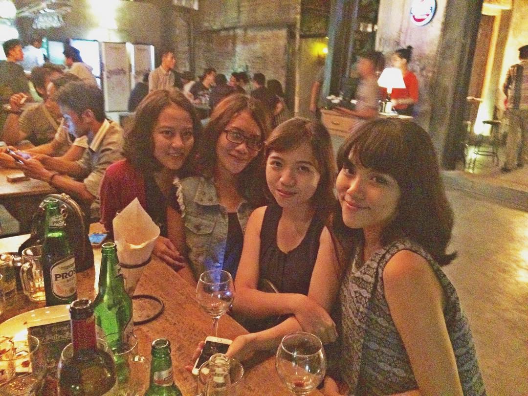 Meet Men & Women in Semarang Indonesia