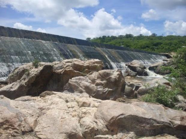 Saboeiro-CE: Açude Caldeirões é o 1º a sangrar no Ceará em 2017, afirma Cogerh