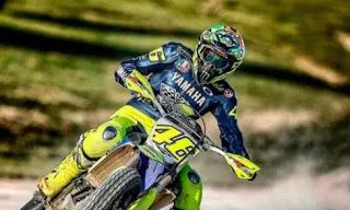 Jelang MotoGP Motegi, Rossi Kembali Latihan Motocross