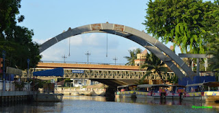 10 things, enjoy, melacca river, bridge