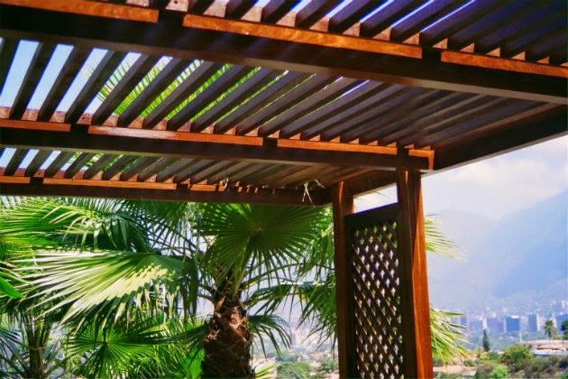 Las mejores ideas y consejos para construir p rgolas de madera metacrilatos - Pergolas minimalistas ...