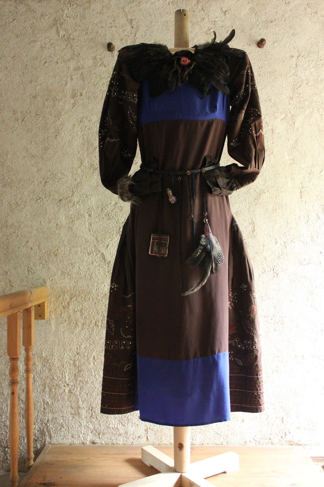 Home-made pallet wood dress form