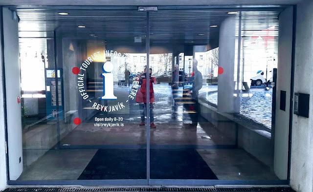 Reykjavikin Turisti-info kaupungintalolla