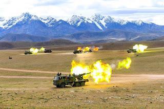 Latihan Howitzer Swa Gerak PCL-09
