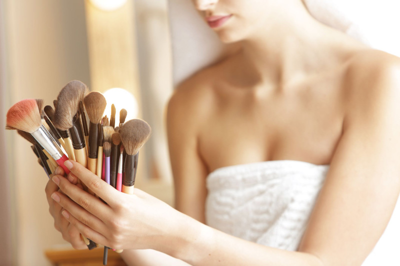 8 best and 8 worst beauty hacks