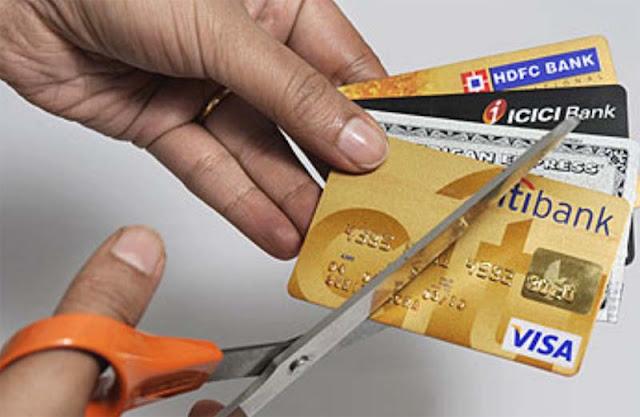 pinjam uang dengan kartu kredit