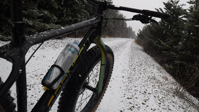 Camelbak Podium Ice Water Bottle on bike in winter