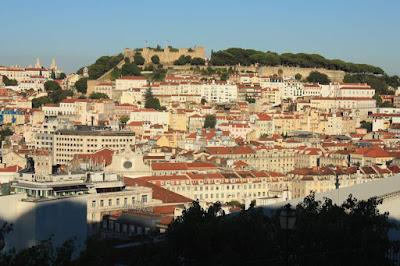 Castelo de Sao Jorge from the miradouro de Sao Pedro de Alcantara in Lisboa
