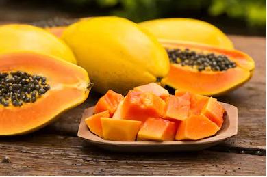 Papaya: skincare tips in Hindi