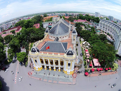 Hop-on & Hop-off bus service introduced in Hanoi