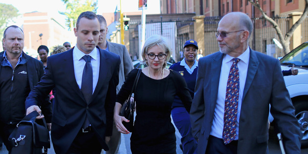 Oscar Pistorius' 'mother' attacked by hammer-wielding robbers
