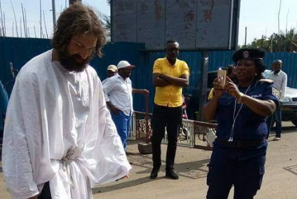 jesus christ appears in lagos