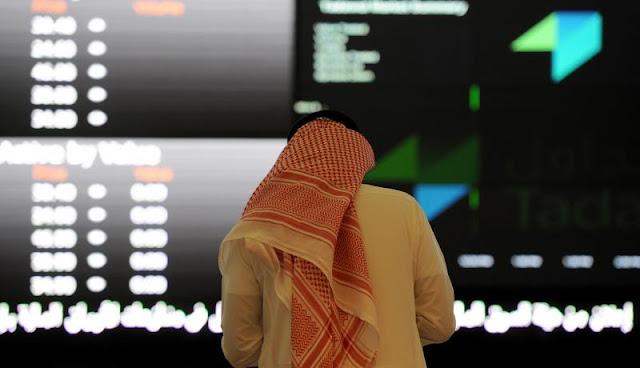 Na Arábia Saudita, alguns estão em negociações com bancos para retirar seu dinheiro para fora do país.