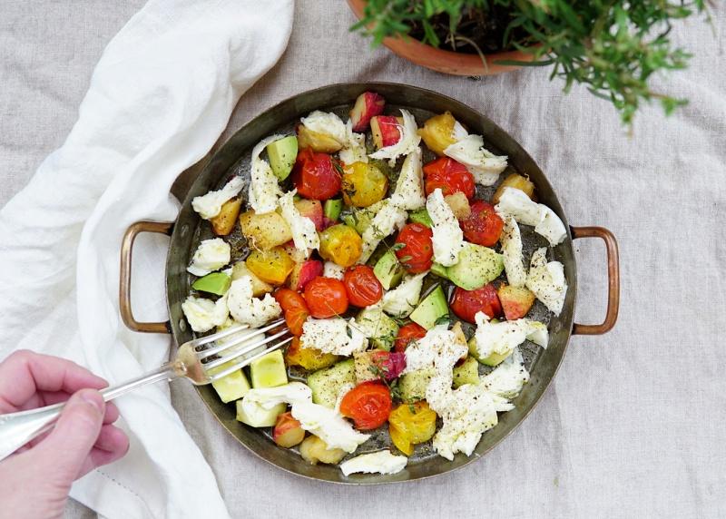 salaatti, kesäruoka, mozzarellasalaatti
