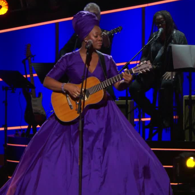 Watch: India.Arie perform 'I Am Light' at 60th Grammy Awards (VIDEO)