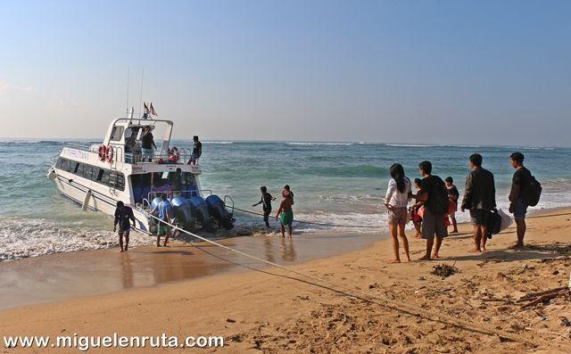 Barco-Sanur-Nusa-Penida
