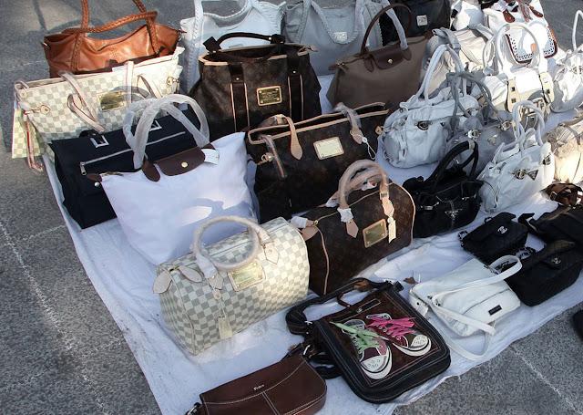 Γιάννενα: Συλλήψεις για παράνομο πλανόδιο εμπόριο,στην Πλατεία Μαβίλη