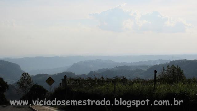 Vista no final da Rua Sagrada Família, Monte Belo do Sul, RS
