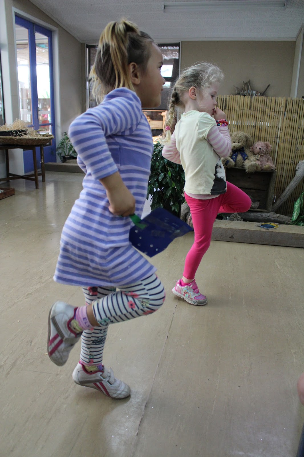 Bream Bay Kindergarten: What does hopping look like?