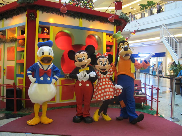 Pato Donald, Mickey, Minnie e Pateta