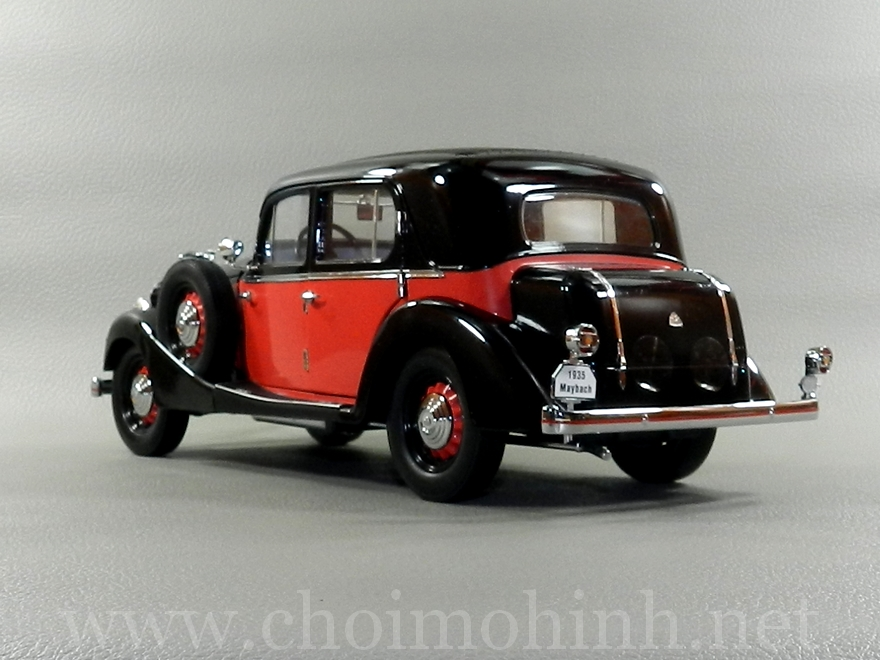 Maybach SW35 Hard Top 1935 1:18 Signature back
