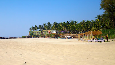 goa is most popular holiday destinations Being one of the small, yet richest states in india, goa is visited by beach tour   international airport and it is also connected with all major cities in india and also .