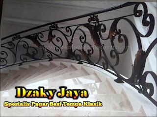 Tangga Klasik, model railing tangga tempa harga railing tangga besi tempa contoh railing tangga besi tempa