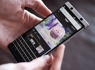 Begini Cara mengambil screenshot di BlackBerry KEYone Anda