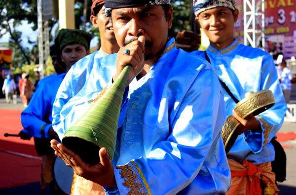 Alat musik dari sumatera barat pupuik batang padi
