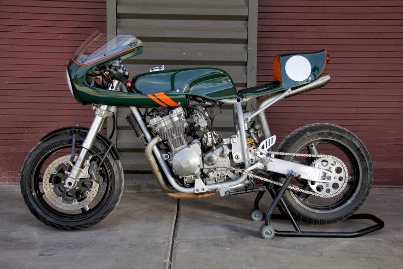 cafe racer: diy kit motorcycle - cafe racer kit
