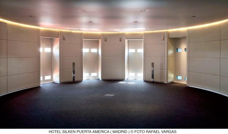 Twc hotel puerta am rica for Hotel silken puerta america plantas