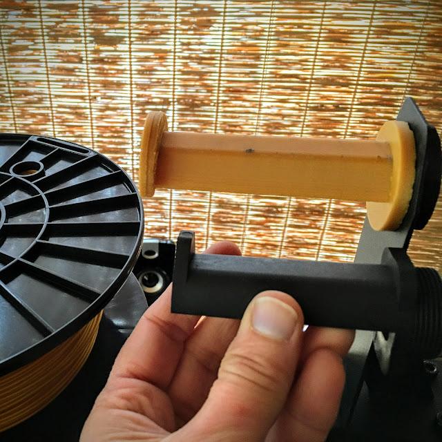 3D printed Spool Extender via foobella.blogspot.com
